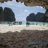 Phuket snorkeling tours – Phi Phi Island speed boat to Maya Bay view of the beach