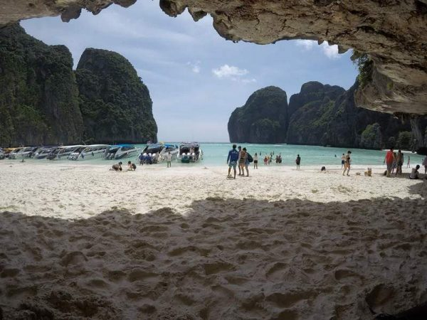 Phuket snorkeling tours - Phi Phi Island speed boat to Maya Bay view of the beach