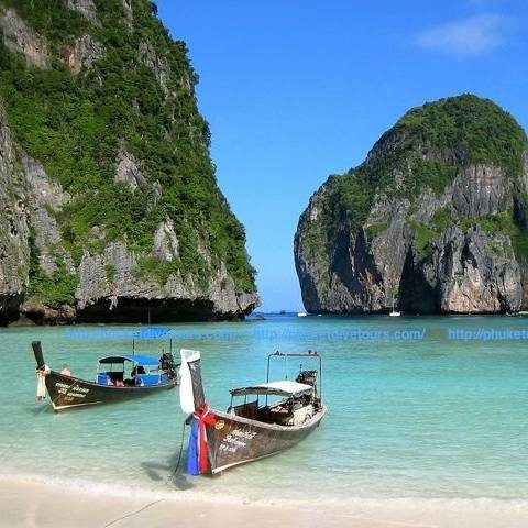 Phi Phi Island snorkeling tour from Phuket