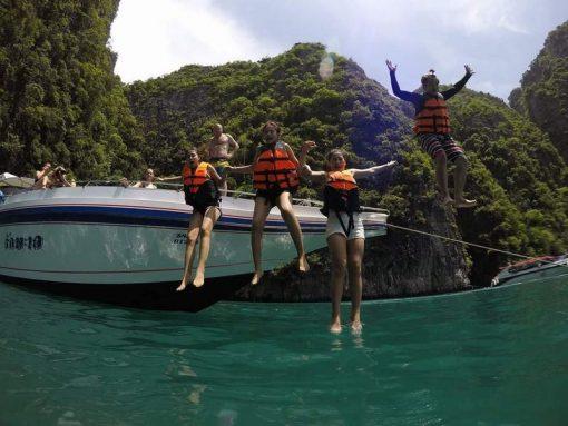 Phuket snorkeling - Phi Phi Island speed boat from Phuket