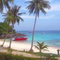 racha yai private speedboat charter