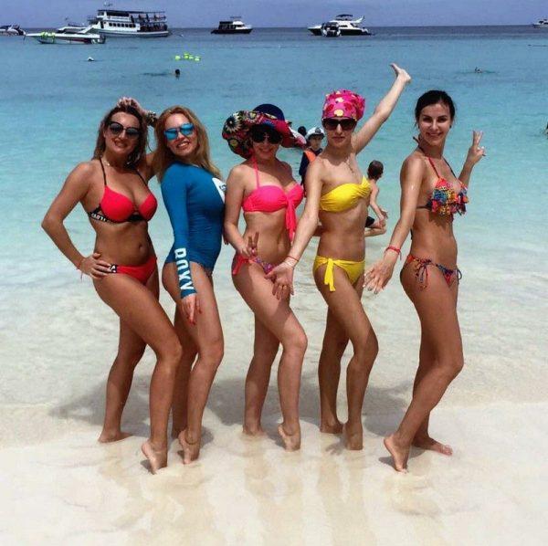Phuket snorkeling tours Racha Yai island snorkeling - beach visit