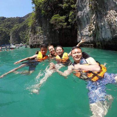 Phuket Snorkeling trip to Phi Phi island
